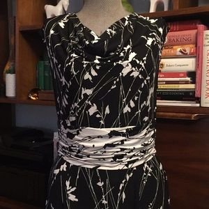Adrianna Papell Black White Floral Dress Sz 12